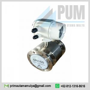 Electromagnetic 4 inch Calibrate pengukur aliran digital untuk cairan konduktif terbuat dari stainless steel SuS 316 L dan bahan pelapis dari PTFE